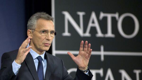 Генерални секретар НАТО-а Јенс Столтенберг током конференцији за медије у седишту НАТО-а у Бриселу - Sputnik Србија