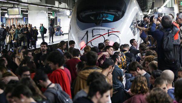 Blokiran železnički saobraćaj u Barseloni - Sputnik Srbija
