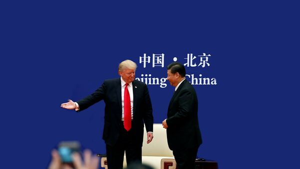 Председници САД и Кине Доналд Трамп и Си Ђинпинг на састанку у Кини - Sputnik Србија