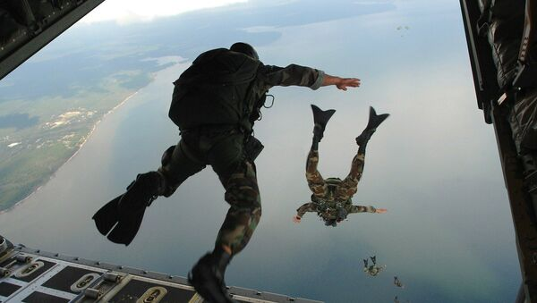 Skakanje sa padobranom - Sputnik Srbija