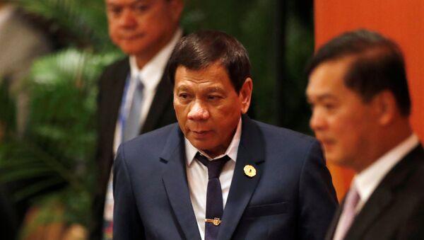 Председник Филипина Родриго Дутерте на самиту АПЕК-а у Вијетнаму - Sputnik Србија