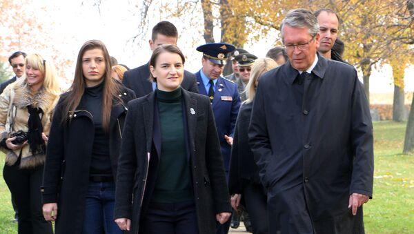 Premijerka Srbije Ana Brnabić i ambasador Rusije u Beogradu Aleksandar Čepurin - Sputnik Srbija