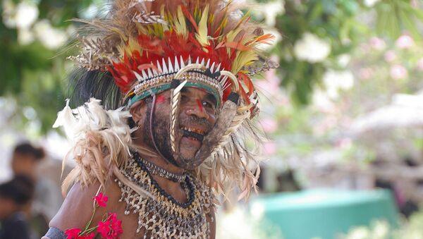 Припадник племена из Папуа Нове Гвинеје - Sputnik Србија