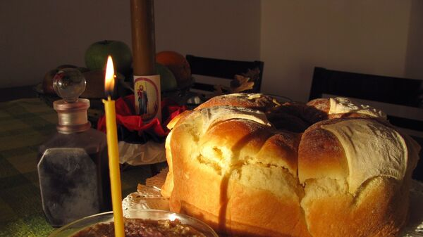 Жито, свећа и славски колач - Sputnik Србија