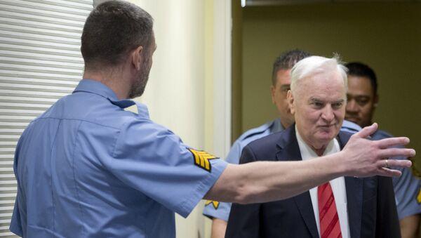 Ratko Mladić u sudnici u Hagu tokom izricanja presude - Sputnik Srbija