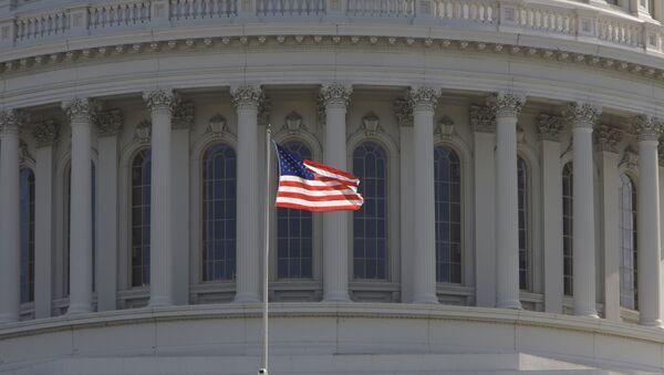 Kapitol u kome zaseda Kongres SAD u Vašingtonu - Sputnik Srbija