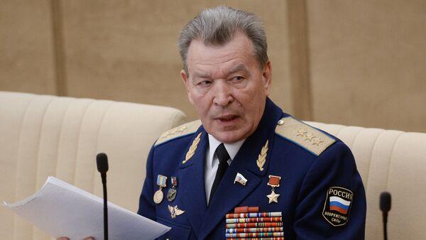 Bivši zamenik glavnog komandanta ruskog vazduhoplovstva general-pukovnik Nikolaj Antoškin - Sputnik Srbija