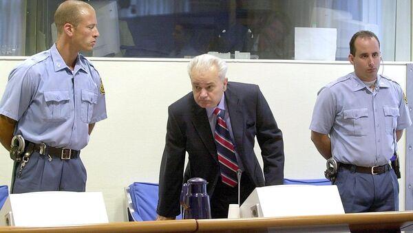 Slobodan Milošević u Hagu - Sputnik Srbija