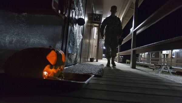 Војник у бази Бондстил - Sputnik Србија
