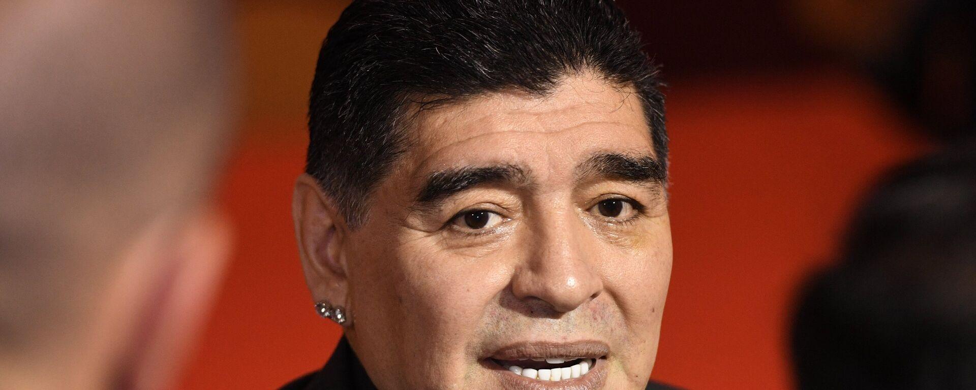 Dijego Maradona na žrebu za SP u Moskvi - Sputnik Srbija, 1920, 12.10.2021