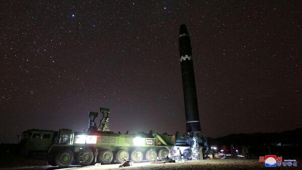 Severnokorejska raketa kvasong-15 - Sputnik Srbija