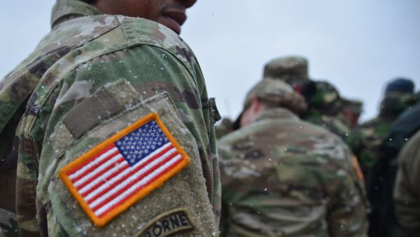 Američki vojnik na zajedničkim vojnim vežbama SAD i Rumunije u okviru operacije Atlantska odlučnost u Rumuniji - Sputnik Srbija