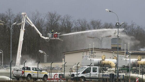Vatrogasci gase požar na gasnoj stanici Baumgarten u Austriji - Sputnik Srbija