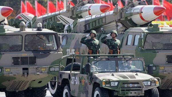Ракете приказане на војној паради поводом 60 годишњице оснивања Народне републике Кине у Пекингу - Sputnik Србија