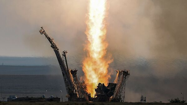 Lansiranje rakete-nosača Sojuz-FG sa svemirskim brodom Sojuz-MS sa kosmodroma Bajkonur - Sputnik Srbija