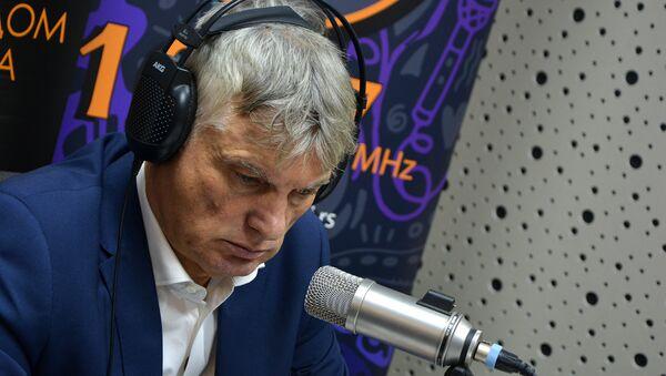 Miroslav Lazanski - Sputnik Srbija