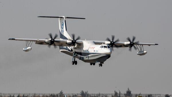 Кинески авион-амфибија АГ600 током пробног лета - Sputnik Србија