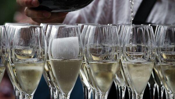 Šampanjac - Sputnik Srbija
