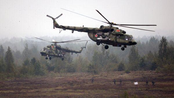 Helikopteri Mi-8 na poligonu u beloruskom gradu Borisov, tokom vojnih vežbi Zapad 2017 - Sputnik Srbija