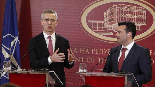 Jens Stoltenberg i Zoran Zaev - Sputnik Srbija