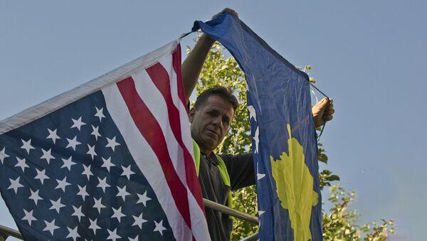 Zastave, Kosovo, Amerika - Sputnik Srbija
