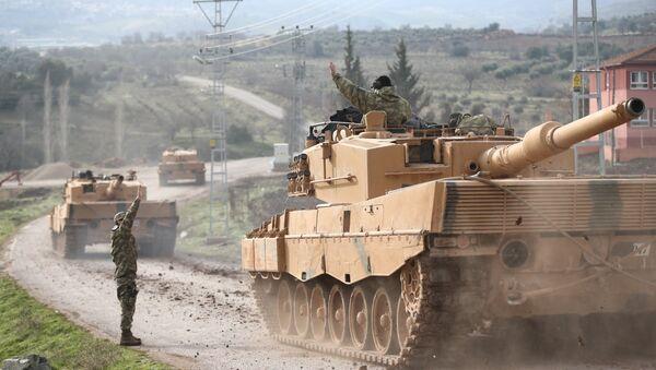 Turski vojni konvoj dolazi u selo u provinciji Kilis na granici sa Sirijom - Sputnik Srbija