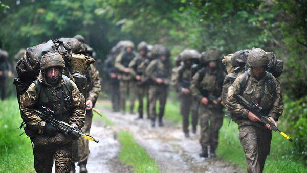 Британски војници на војним вежбама - Sputnik Србија