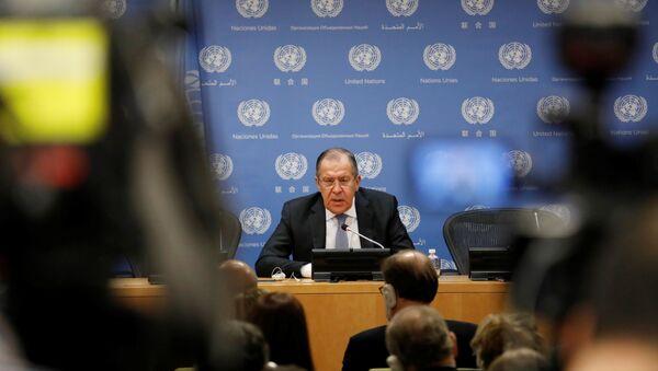 Ministar spoljnih poslova Rusije Sergej Lavrov na konferenciji za medije u Ujedinjenim nacijama u Njujorku - Sputnik Srbija