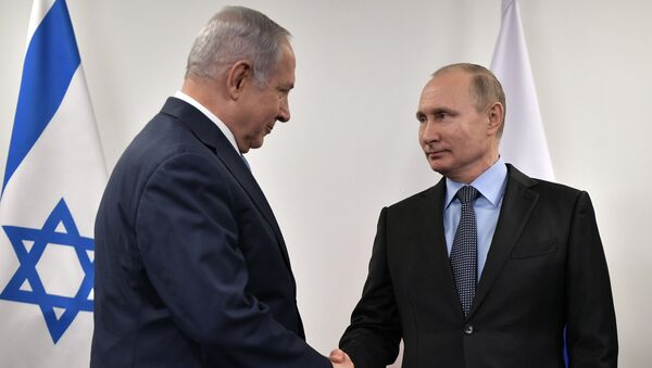 Премијер Израела Бењамин Нетанијаху и председник Русије Владимир Путин на састанку у Москви - Sputnik Србија