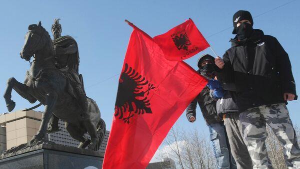 Albanske zastave u Prištini - Sputnik Srbija