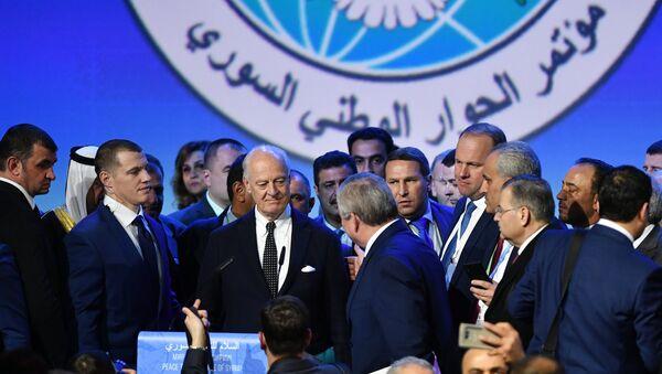 Специјални изасланик генералног секретара УН за Сирију Стафан де Мистура на Конгресу националног дијалога Сирије у Сочију - Sputnik Србија