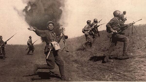 Борбена дејства Црвене армије на прилазима Стаљинграду  - Sputnik Србија