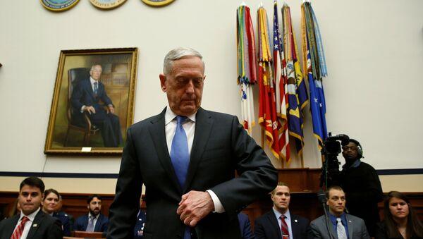 Министар одбране САД Џејмс Матис на саслушању у Конгресу - Sputnik Србија