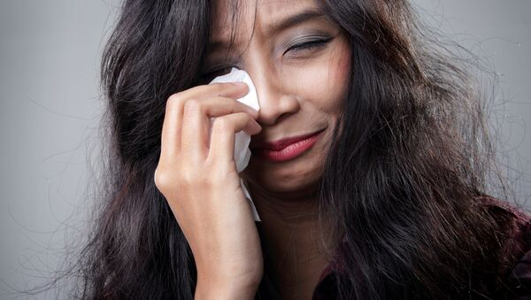 Уплакана девојка - Sputnik Србија