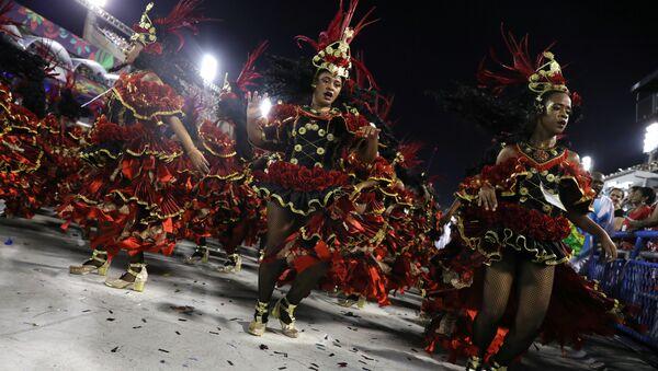 Učesnici karnevala u Rio de Žaneiru - Sputnik Srbija