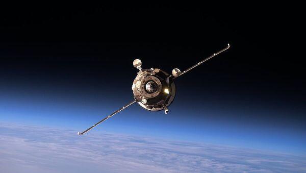 Теретни свемирски брод Прогрес МС-02 приближава се Међународној свемирској станици - Sputnik Србија