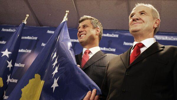 Hašim Tači i Fatmir Sejdiju na samoproglašenju nezavisnosti Kosova 17. februara 2008. - Sputnik Srbija