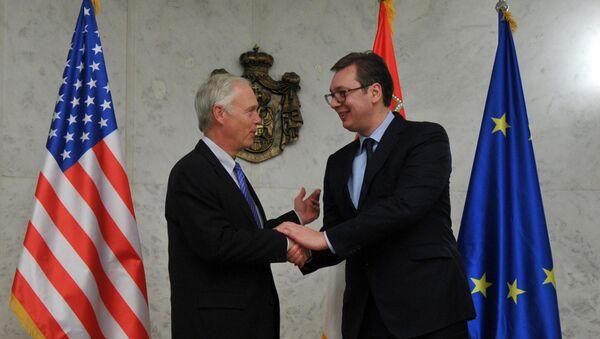Александар Вучић и Рон Џонсон - Sputnik Србија