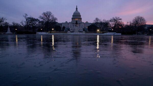 Pogled na zgradu Kapitola u Vašingtonu - Sputnik Srbija