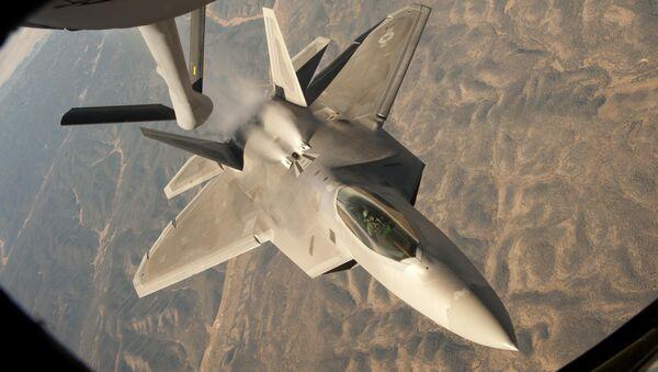 Авион Ф-22 током обуке изнад Новог Мексика - Sputnik Србија