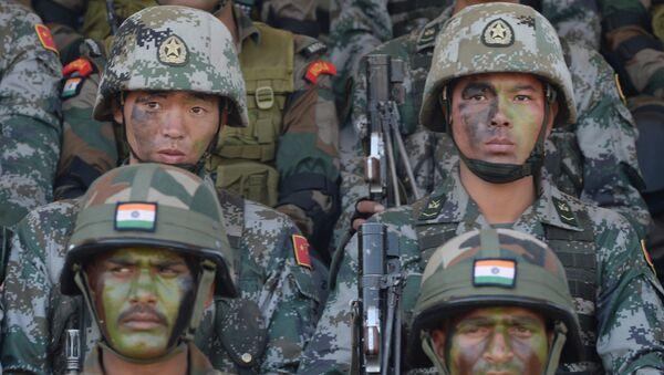 Kineska i indijska vojska - Sputnik Srbija