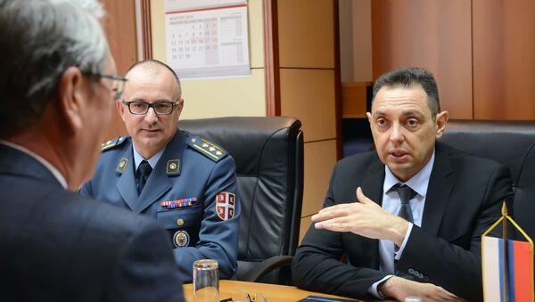 Александар Чепурин и Александар Вулин на састанку у Министарству одбране Србије - Sputnik Србија