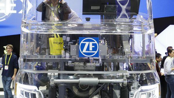 Prezentacija nemačke kompanije ZF na sajmu u Las Vegasu - Sputnik Srbija