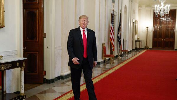 Председник САД Доналд Трамп долази у Белу кућу - Sputnik Србија