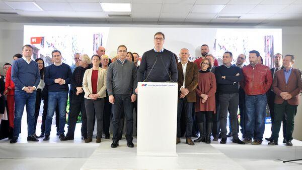 Aleksandar Vučić na konferenciji SNS-a - Sputnik Srbija