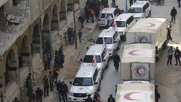 Konvoj humanitarne pomoći Sirijskog Crvenog polumeseca u Istočnoj Guti - Sputnik Srbija