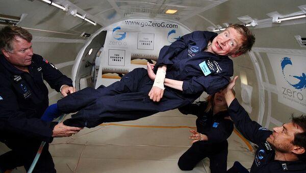 Стивен Хокинг у нултој гравитацији - Sputnik Србија