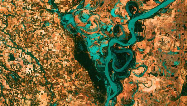 Eksplozija geometrijske lepote: Fotografije Zemlje kao umetnička dela - Sputnik Srbija