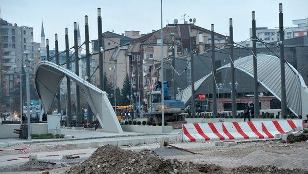 Most koji deli severni i južni deo Kosovske Mitrovice - Sputnik Srbija