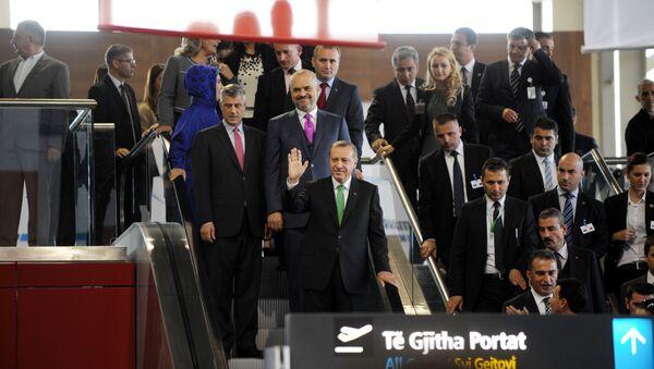 Predsednik Turske Redžep Tajip Erdogan u poseti Kosovu sa Hašimom Tačijem i premijerom Albanije Edijem Ramom - arhivsa fotografija - Sputnik Srbija